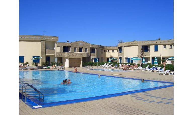 Residence GIRASOLI: Pool