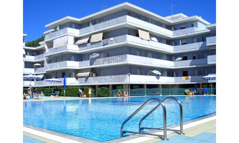 résidence VALBELLA: piscine