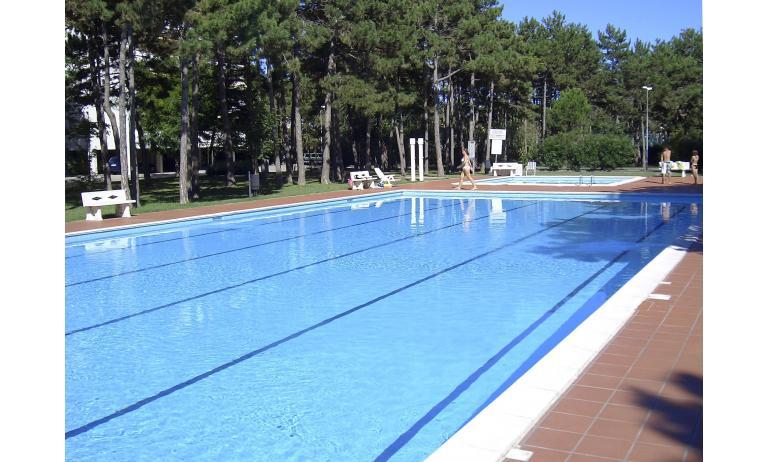 residence SPORTING: piscina
