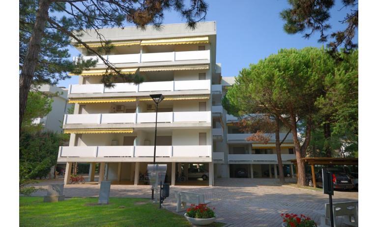 residence SPORTING: esterno condominio