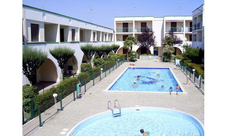 residence LIA: piscina bambini