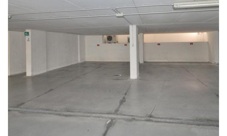 appartamenti MILLENIUM: parcheggio (esempio)