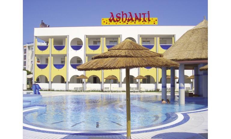 aparthotel ASHANTI: esterno