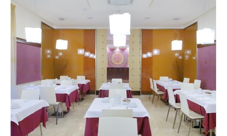aparthotel ASHANTI: sala colazioni