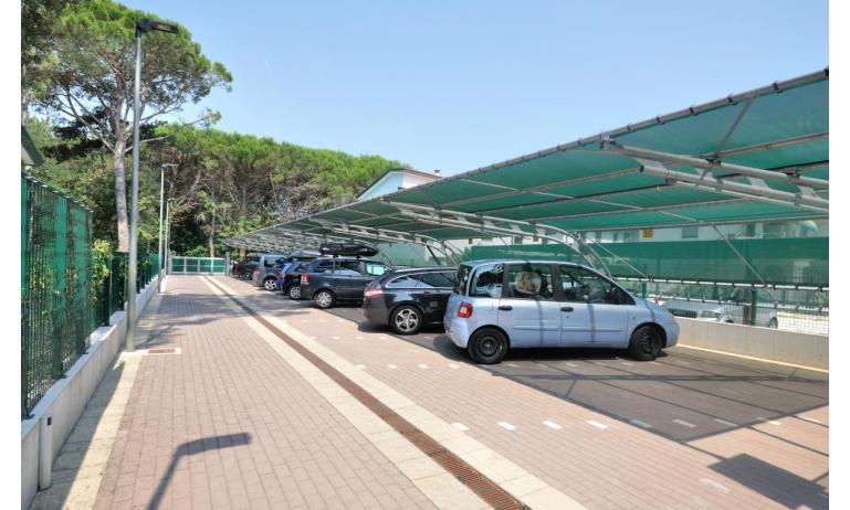 appartamenti DELFINO: parcheggio