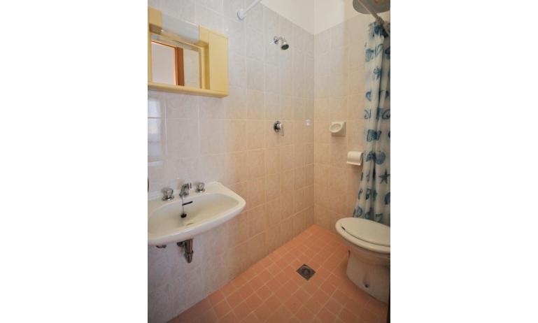appartamenti ATOLLO: bagno (esempio)