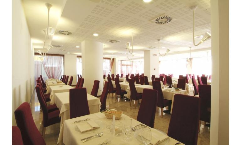 hotel BIBIONE PALACE: ristorante
