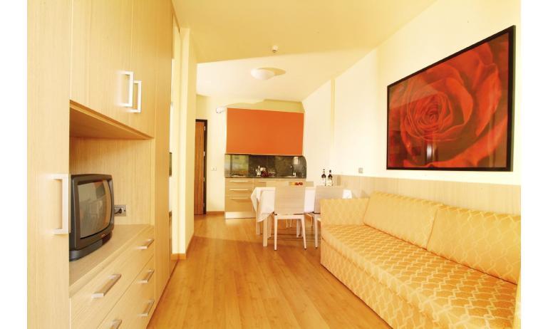 hotel BIBIONE PALACE: suite (esempio)