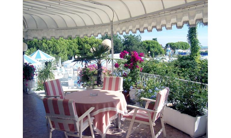 hotel CORALLO: terrazza