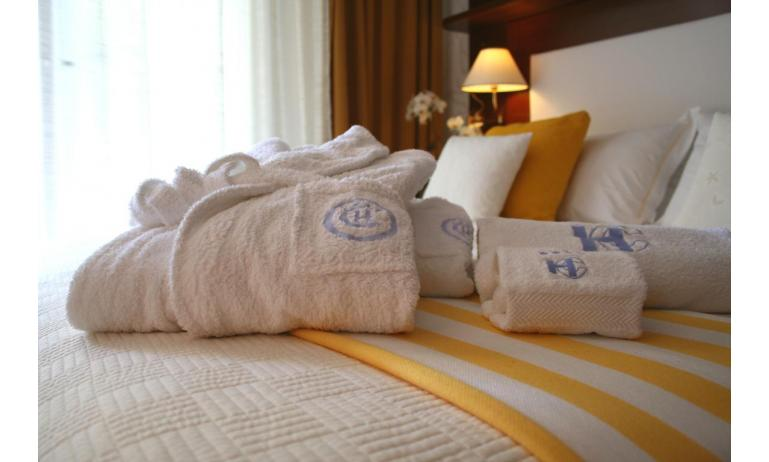 hotel CORALLO: camera (esempio)