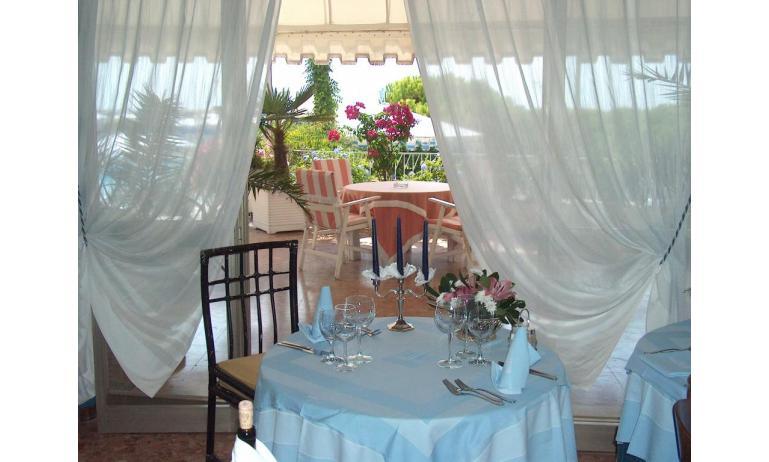 hotel CORALLO: sala ristorante