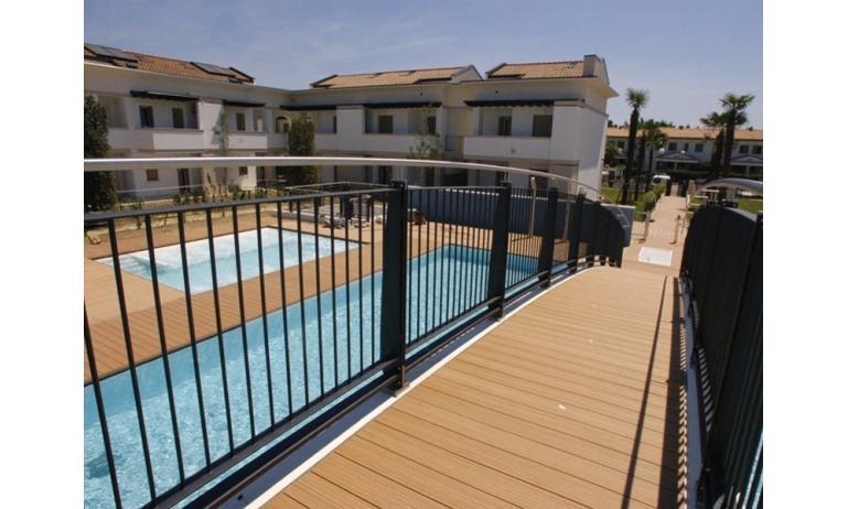 residence EVANIKE: piscina