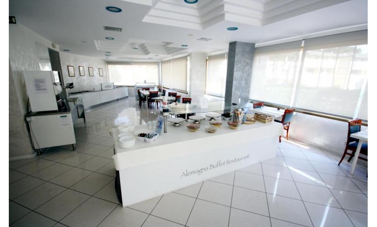 hotel ALEMAGNA: sala colazioni