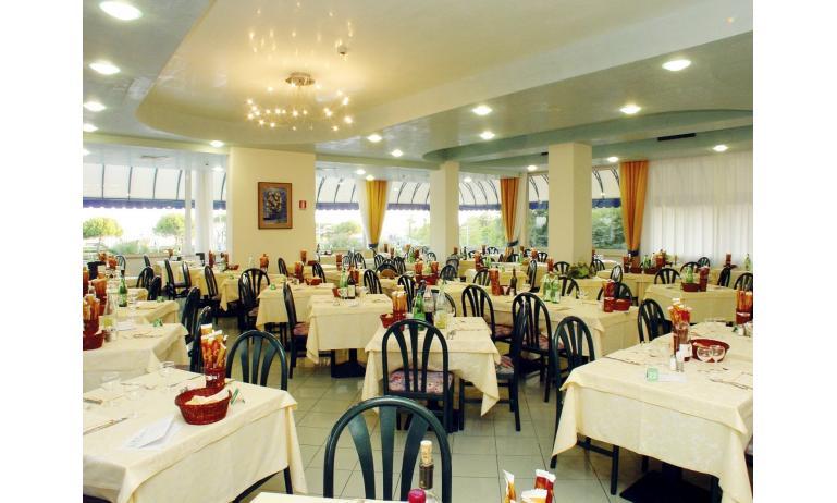 hotel BELLEVUE: ristorante