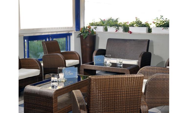 hotel BELLEVUE: bar
