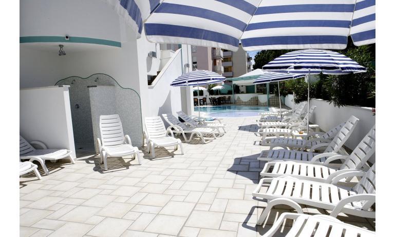 hotel GRAN VENERE BEACH: piscina