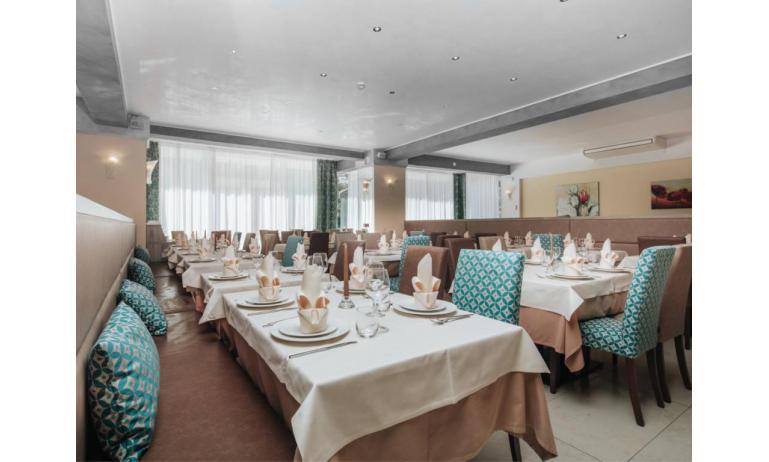 hotel BEMBO: sala ristorante