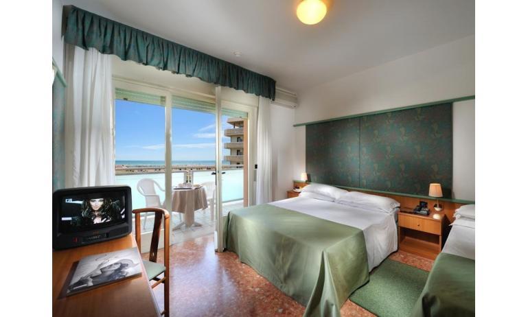 hotel ROYAL: camera (esempio)