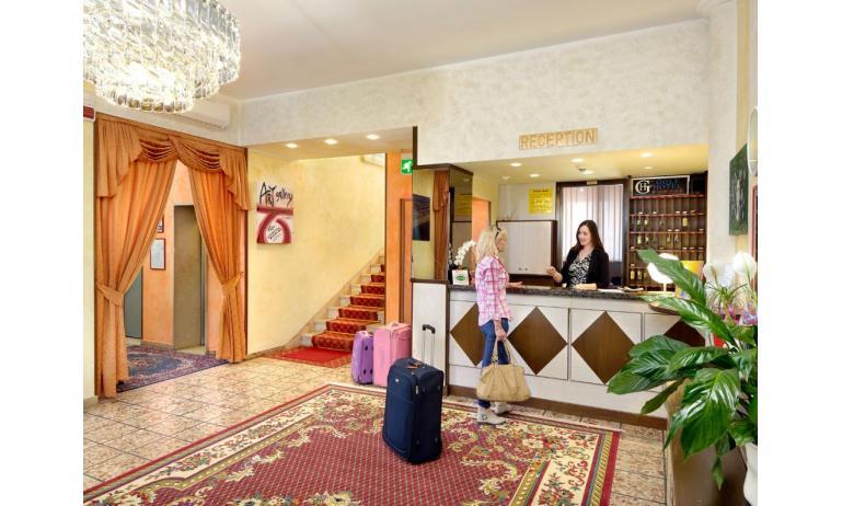 hotel GOLF: reception