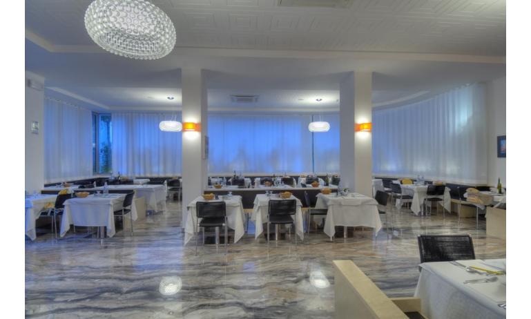 hotel FIRENZE: sala colazioni