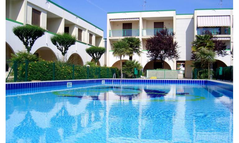 résidence LIA: piscine