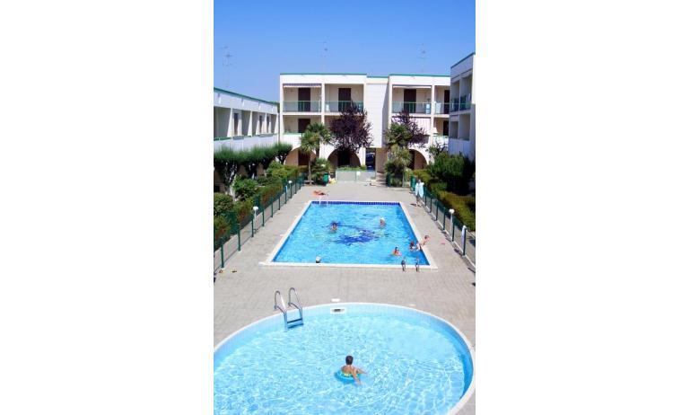 résidence LIA: piscine enfants