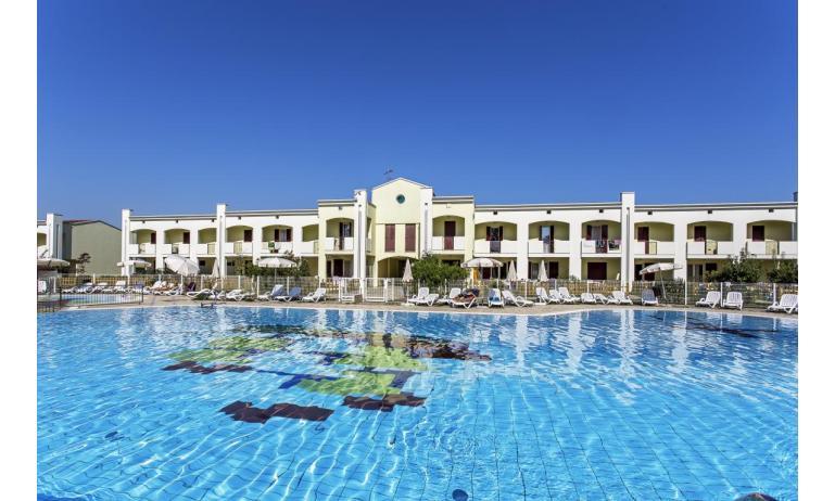 résidence CALYCANTHUS: piscine