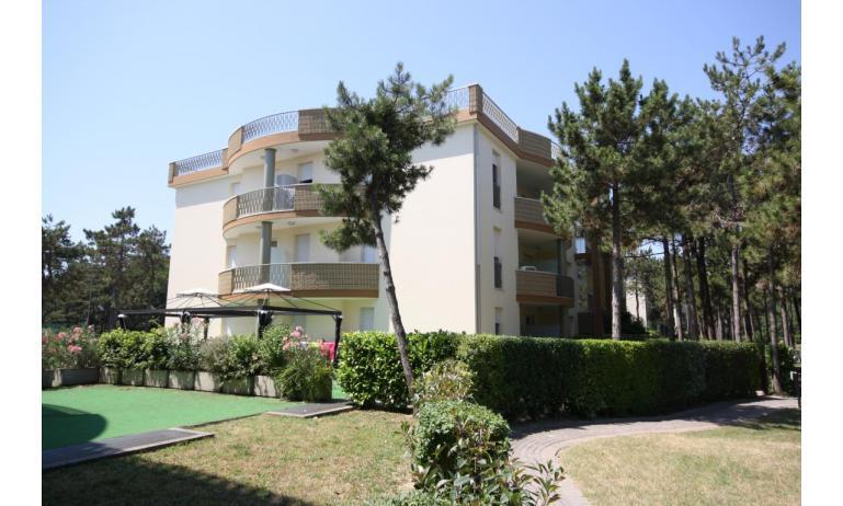 residence LIDO DEL SOLE: esterno condominio