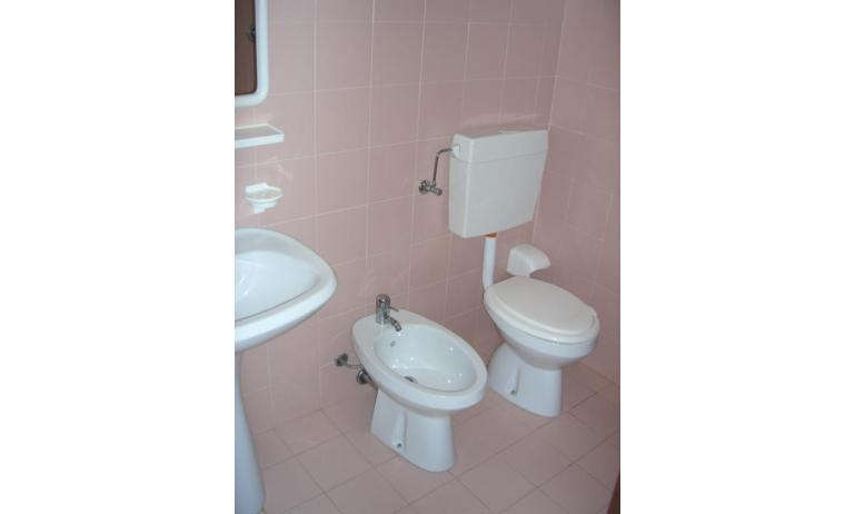 appartamenti CAMPIELLO: B4 - bagno (esempio)