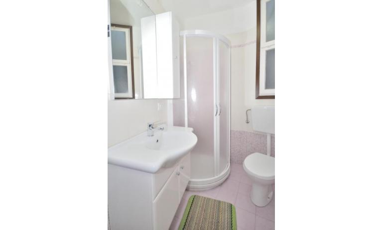 appartament VILLAGGIO TIVOLI: A4 - salle de bain rénovée (exemple)