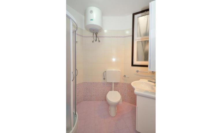 appartament VILLAGGIO TIVOLI: B5 - salle de bain (exemple)