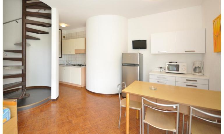 appartament VILLAGGIO TIVOLI: C6 - escaliers internes (exemple)