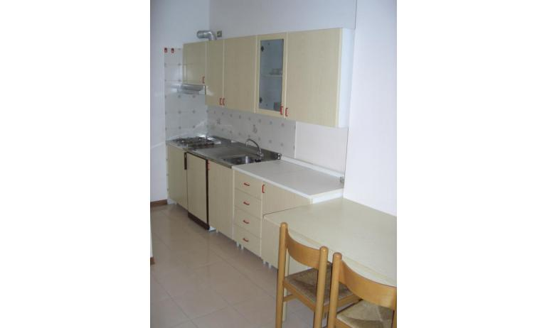 appartamenti CAMPIELLO: C6 - angolo cottura (esempio)