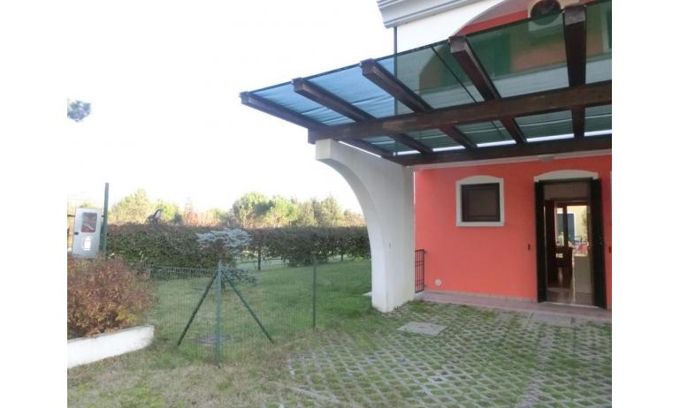 residence LEOPARDI: D8 - posto auto (esempio)