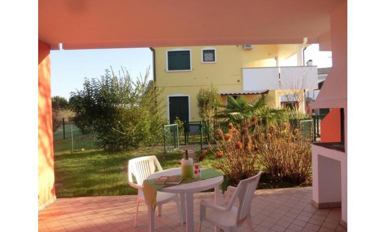residence LEOPARDI: D8 - giardino (esempio)