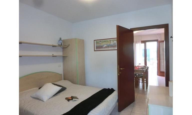 residence LEOPARDI: D8 - camera matrimoniale (esempio)