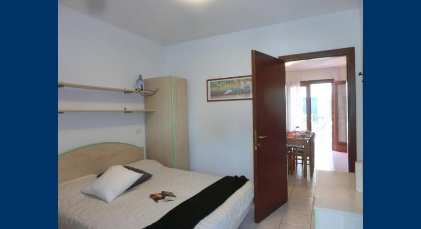D8 - chambre à coucher double (exemple)