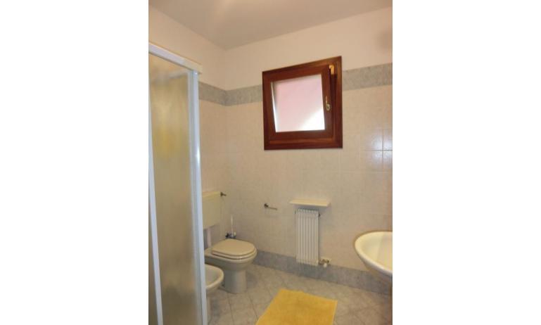 residence LEOPARDI: D8 - bagno (esempio)