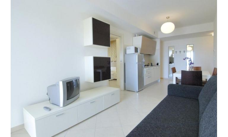 aparthotel ASHANTI: C6 Suite - zona giorno
