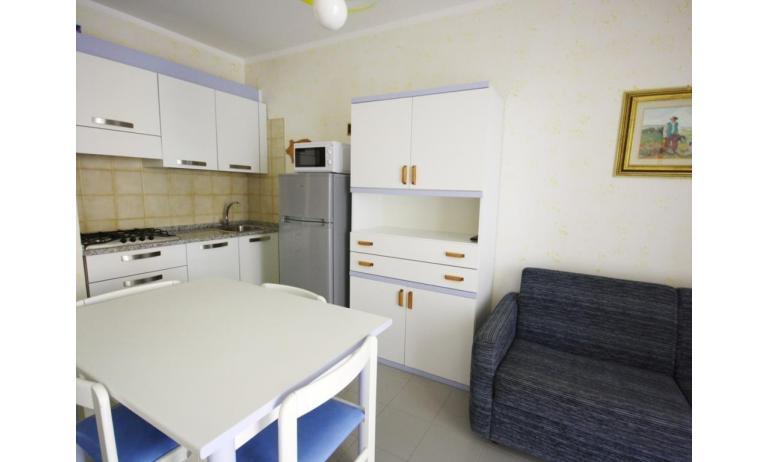 residence ITACA: B6* - angolo cottura (esempio)