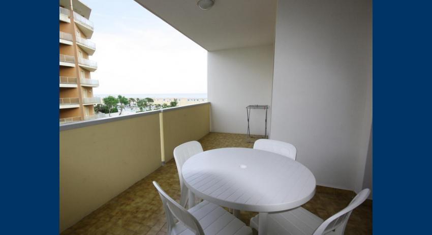 B6* - balcony (example)