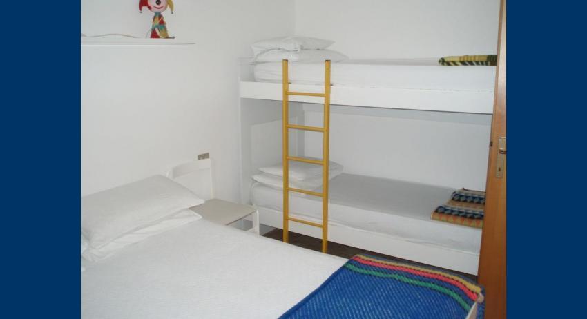 B6* - bedroom (example)
