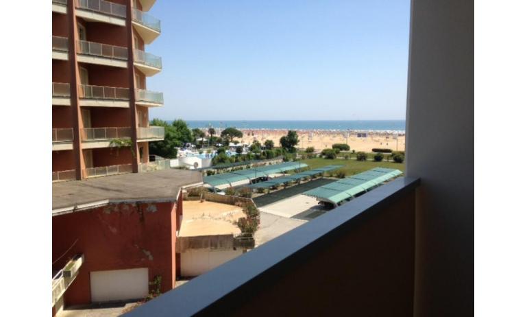 residence ITACA: B6* - balcone con vista (esempio)