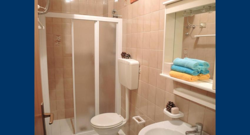B6* - bathroom with a shower enclosure (example)
