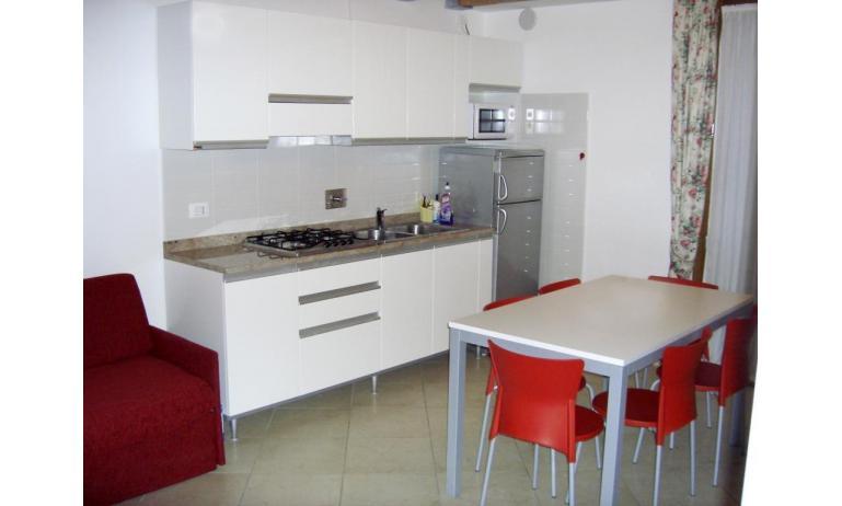 residence TULIPANO: B4 - angolo cottura (esempio)