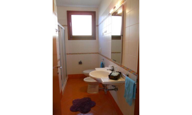 residence TULIPANO: B5 - bagno con box doccia (esempio)