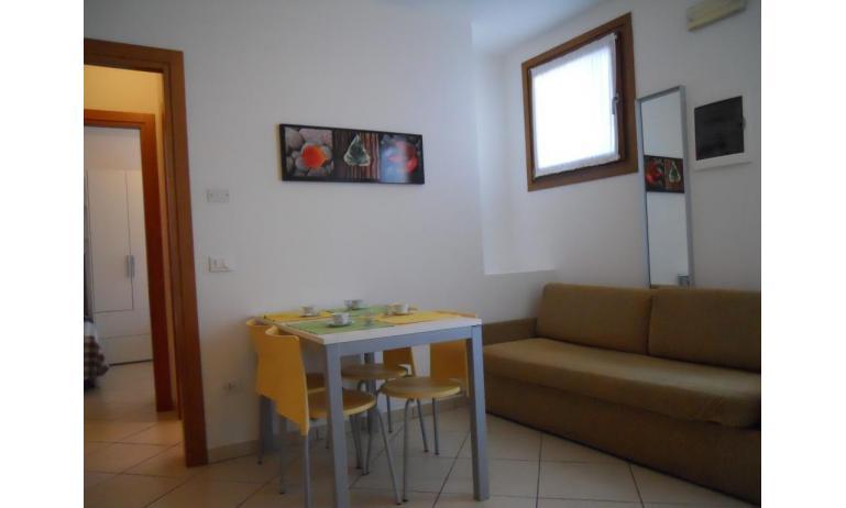 residence TULIPANO: B5 - divano letto doppio (esempio)