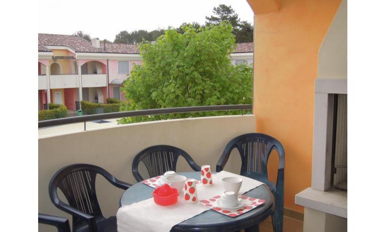residence TULIPANO: C6 - terrazzo al primo piano (esempio)