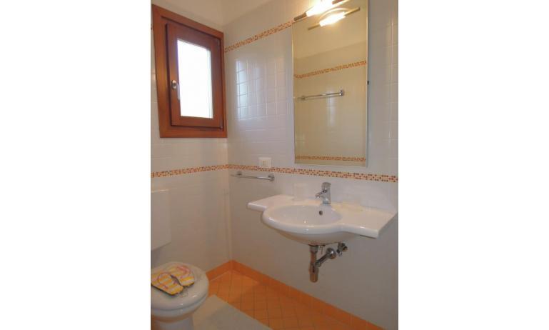 residence TULIPANO: D8 - bagno (esempio)