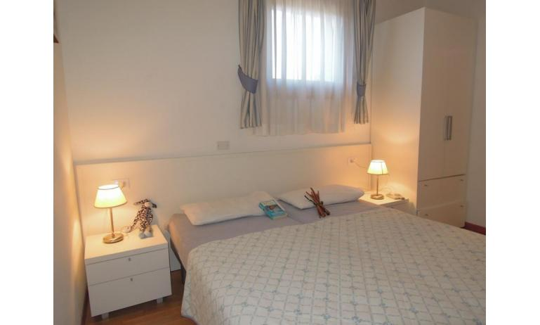 residence TULIPANO: D8 - letto matrimoniale (esempio)